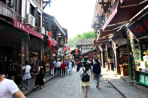 重慶郊外にある磁器口という古い街